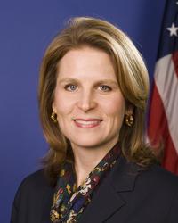 Elizabeth-Shuler-AFL-CIO-Secretary-Treasurer_medium